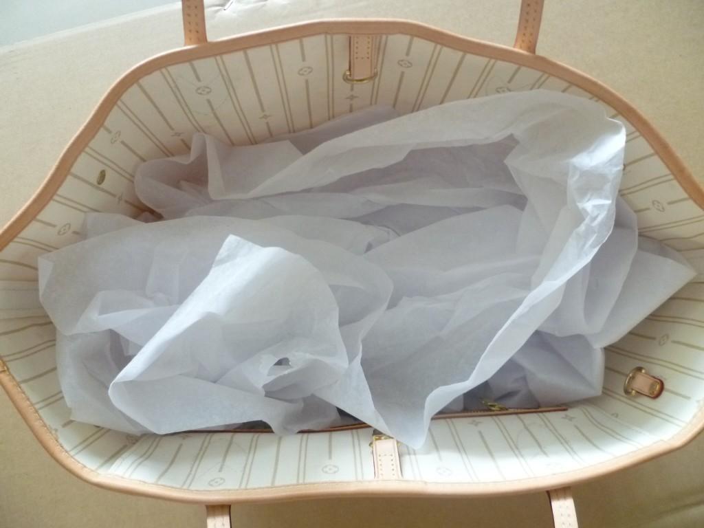 Handbag Stuffing With Acid Free Tissue Paper Cloversac